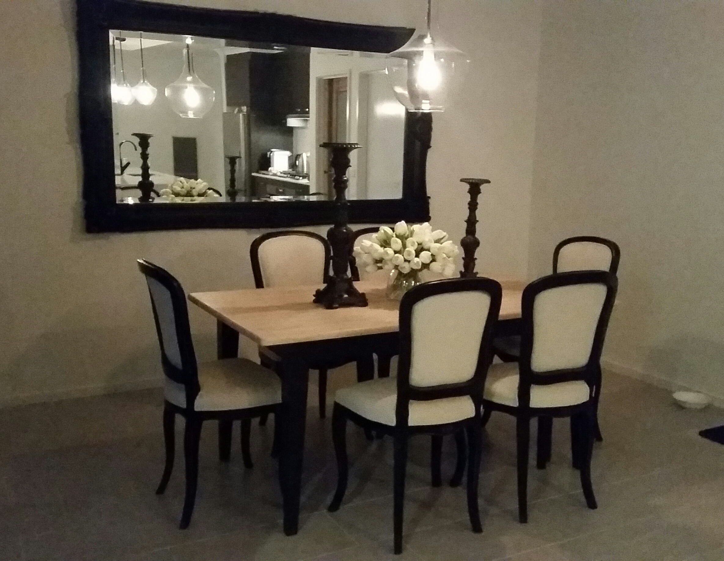 Fontaine Pendant featured over formal dining table